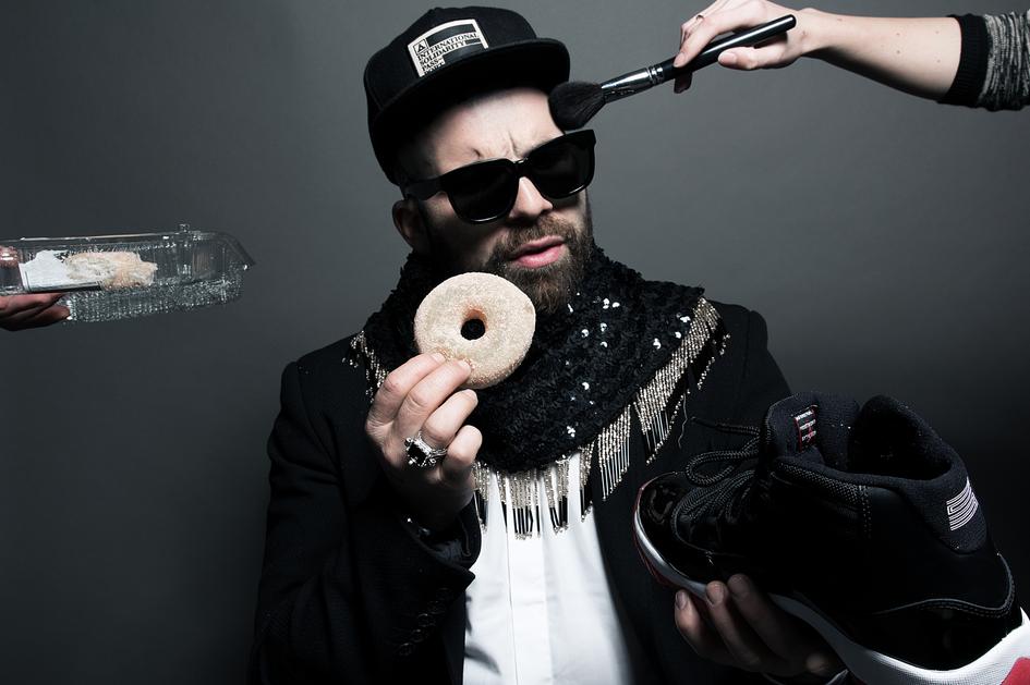 JAW von dOP versammelt einen Haufen Freunde und veröffentlicht mit ihnen ein Album