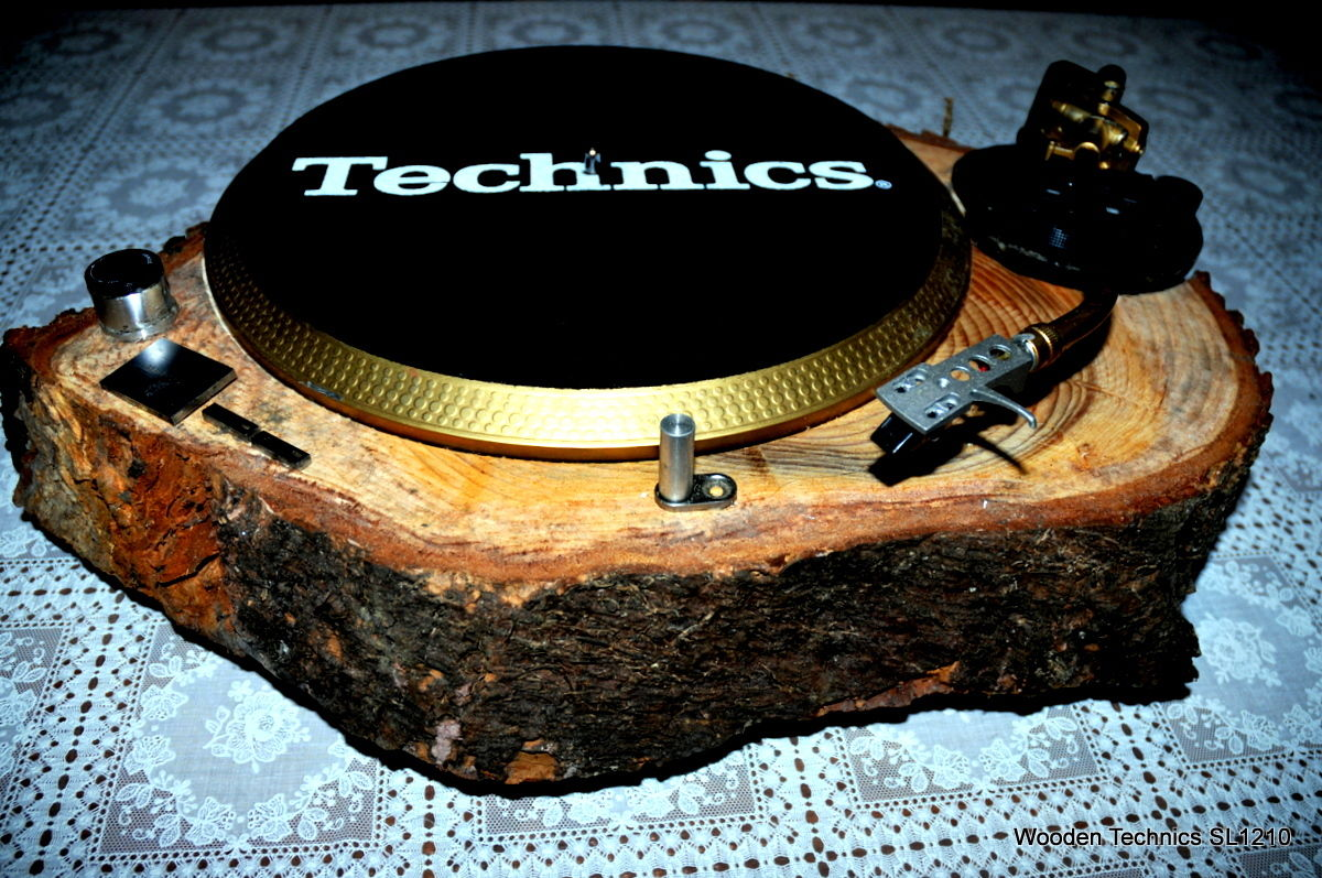 Technics in Holzgehäuse – The Wheels of Wood