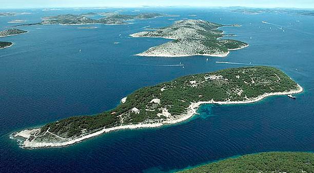 Britischer Veranstalter (Hideout & Unknown Festival) kauft kroatische Insel