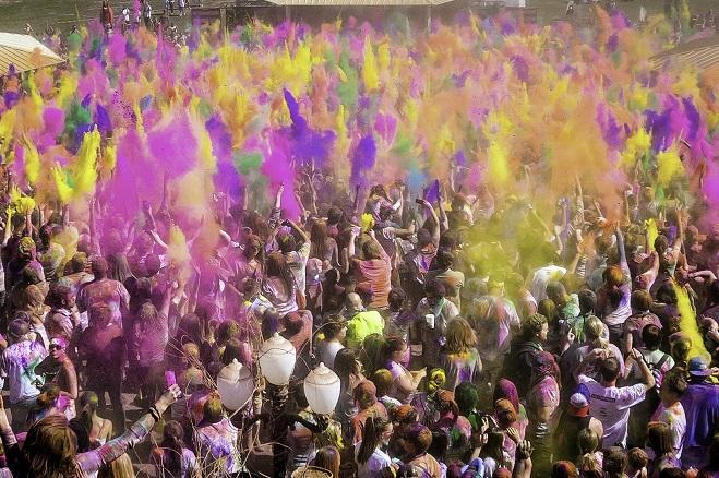 Abgesagtes Holi-Festival in Leipzig sorgte für Chaos im Supermarkt