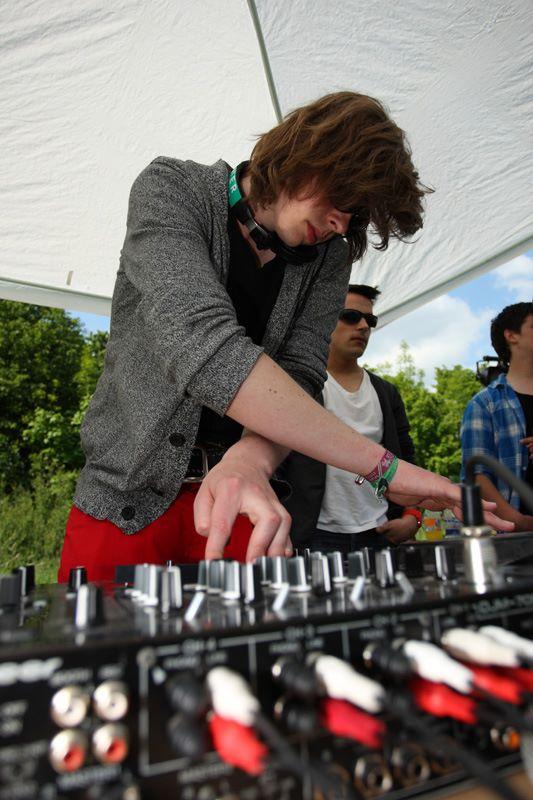 Focus on Felix Kröcher DJ-Contest: JulianS