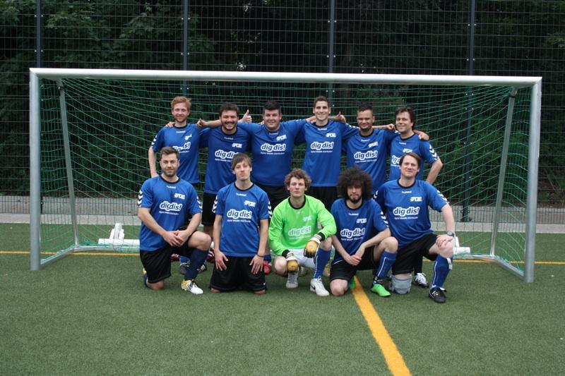 FAZE präsentiert den Club Cup 2012