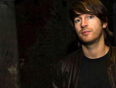 Simon Baker (Fine Records) – DJ-Charts August 2012
