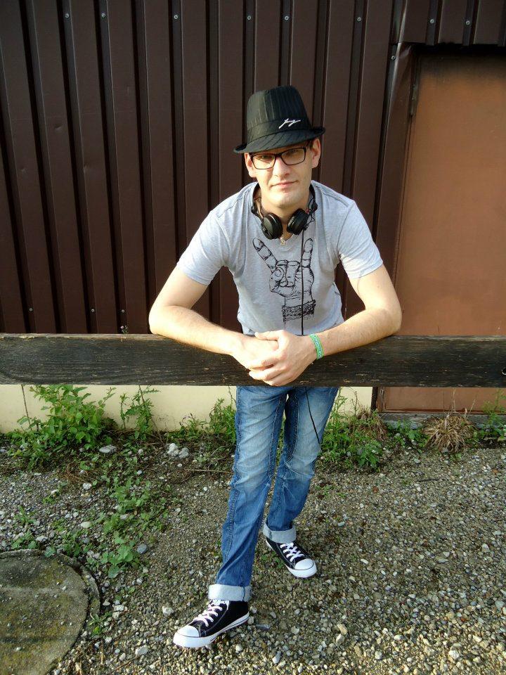 """Focus on … Felix Kröcher"" DJ-Contest: HOFER"
