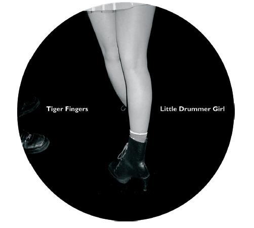 """Tiger Fingers und ihr """"Little Drummer Girl"""" auf hafendisko"""