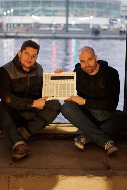 Florian Meindl & Martin Eyerer: Native Instruments Maschine MK2
