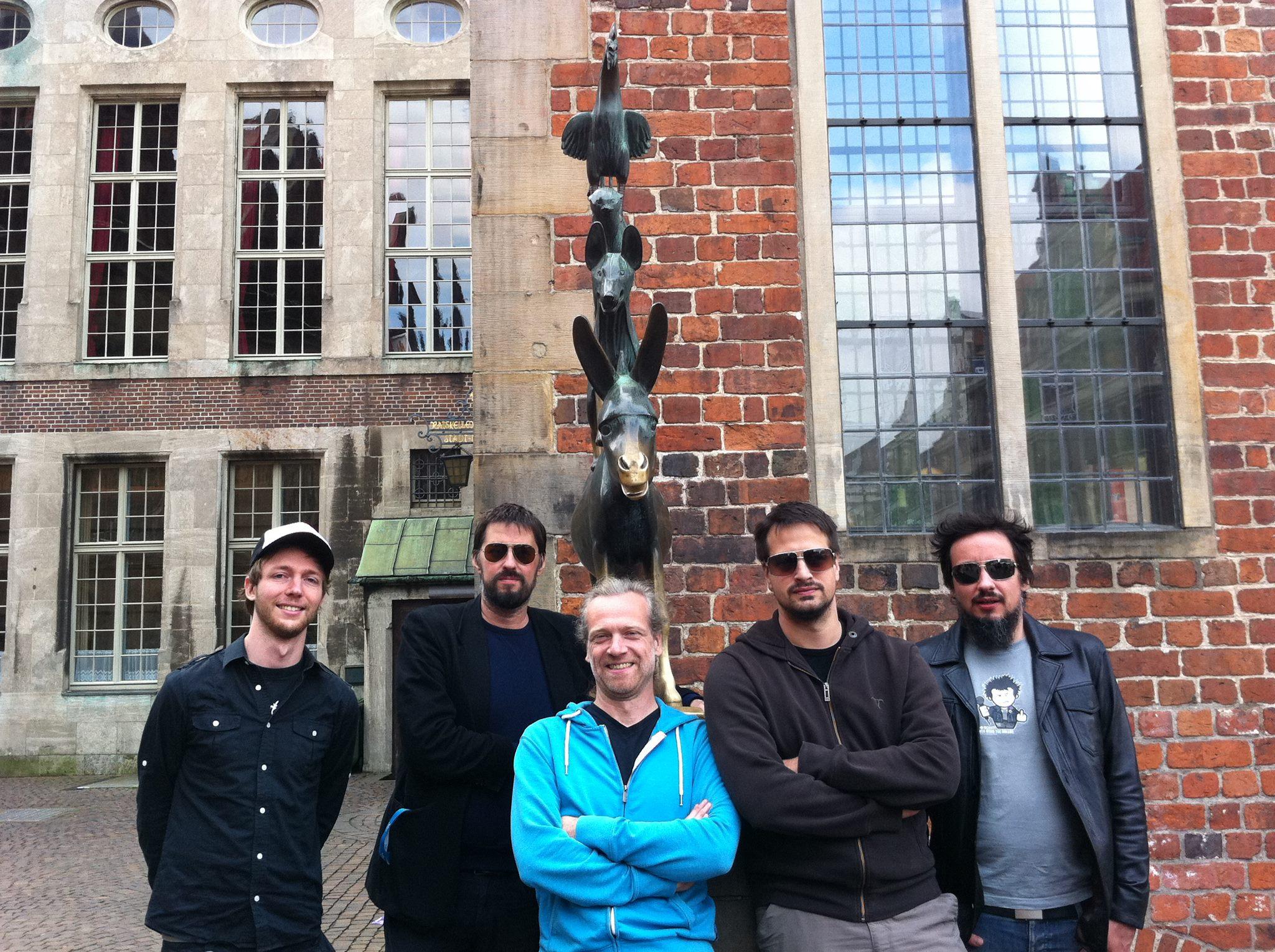 Crowdfunding sei Dank: plus49 melden sich mit neuem Album zurück