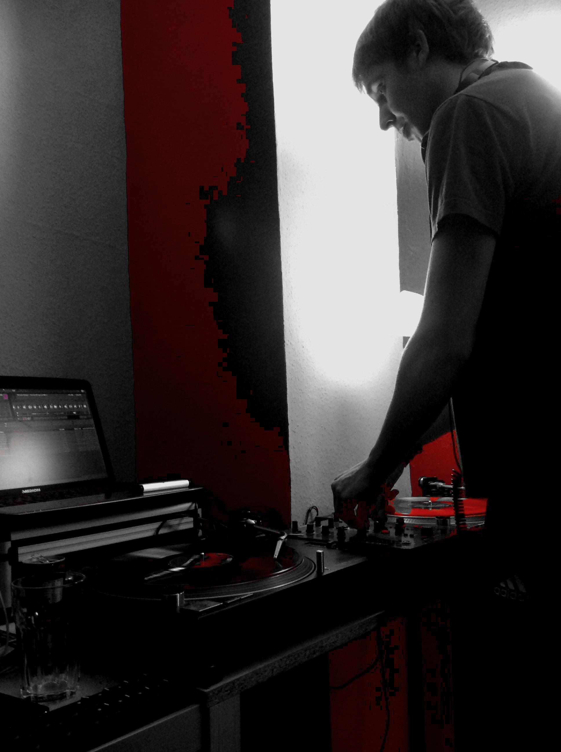 DJ-Contest Focus On… Klaudia Gawlas – Arne Rtgen