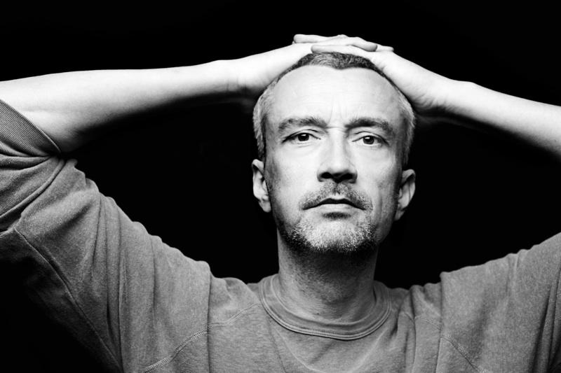 DJ T. – Silberne Hochzeit, 25 Jahre eins mit dem DJ-Pult