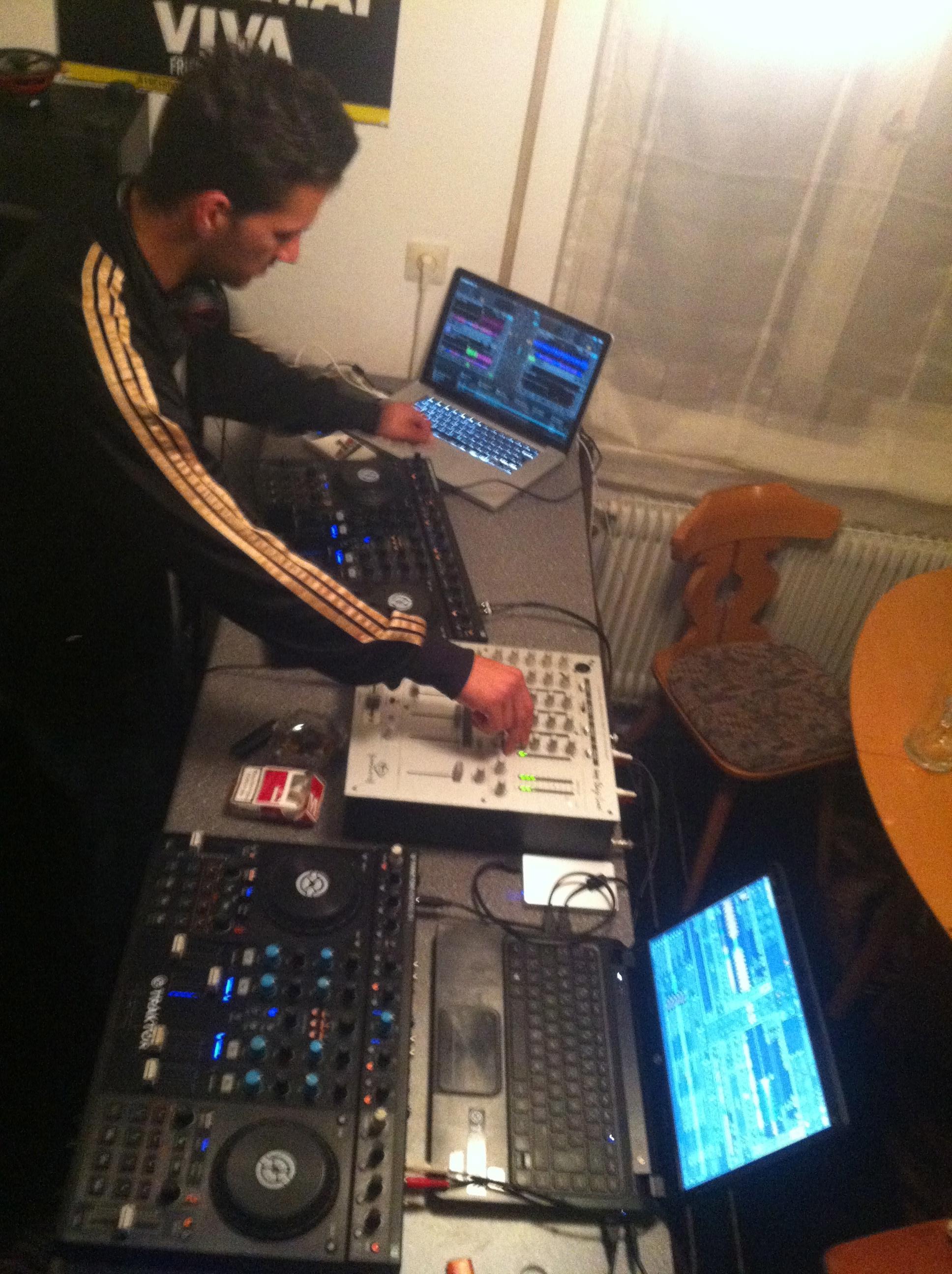 DJ-Contest FAZEtliche Weihnachten – Frank Schwarz