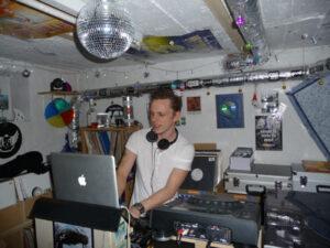 88_DJ-Denson