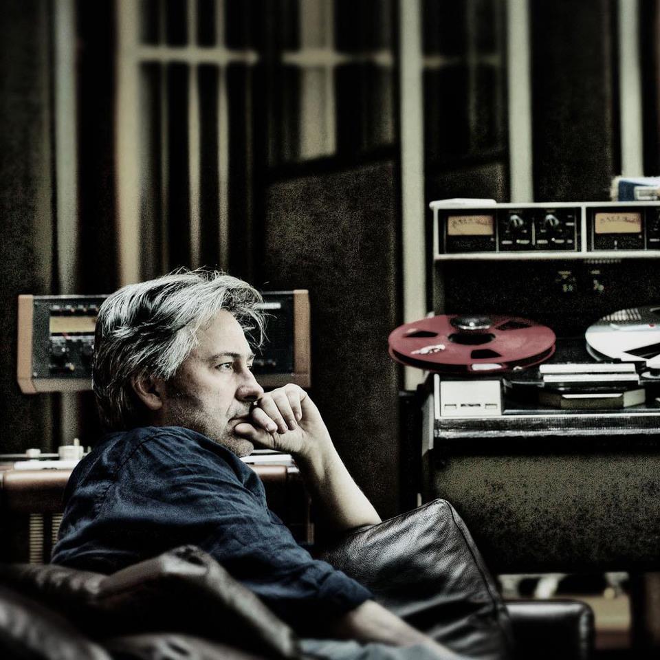 "Neil Davidge produziert sein eigenes Album ""Slo Light"""