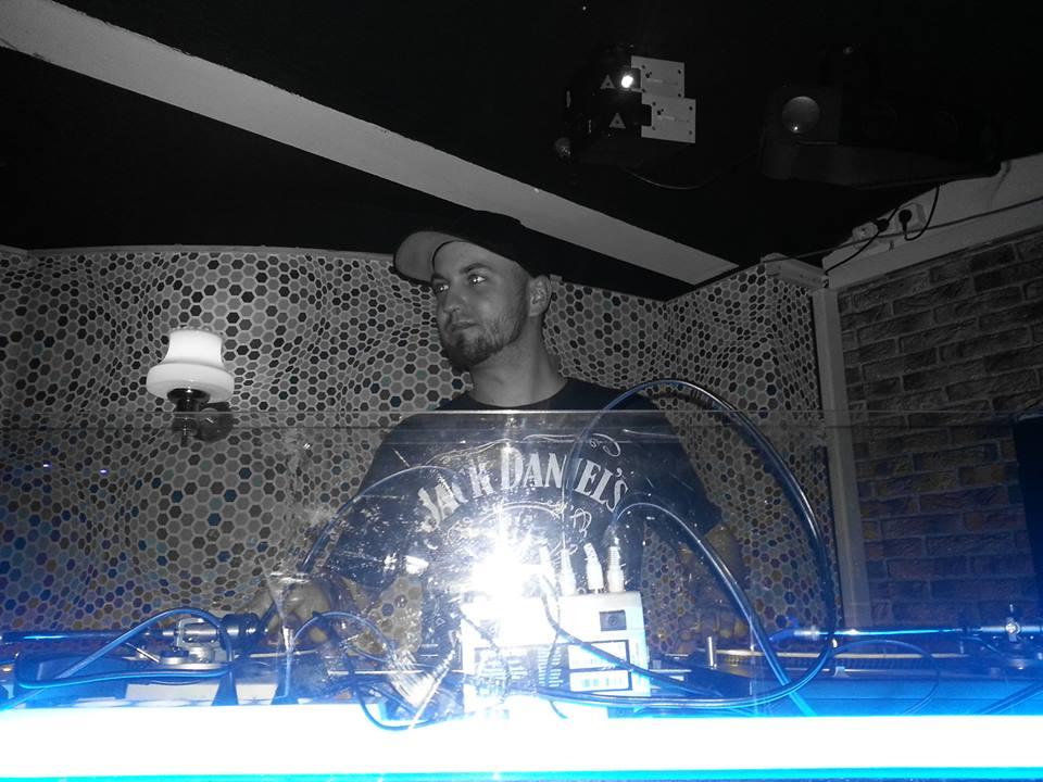 Focus On… Format:B & AKA AKA powered by Sennheiser – DJ MinSch