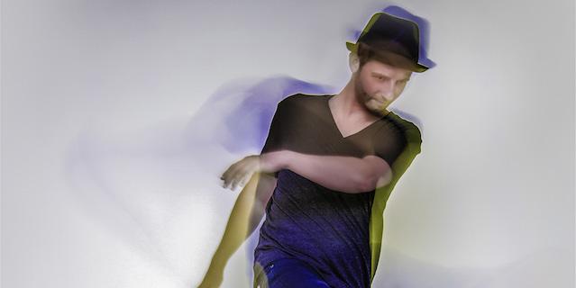 """Felix Kröcher """"Läuft. Weiter!"""" mit seiner heute erscheinenden Compilation"""