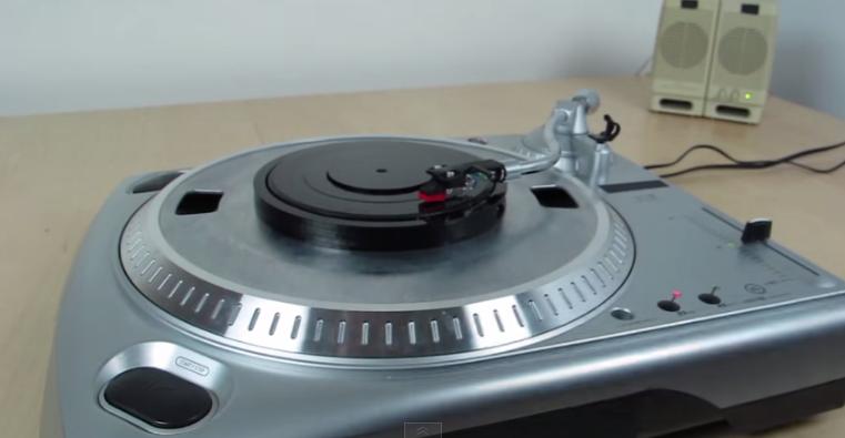 Universal Record – Vinylnotvinyl