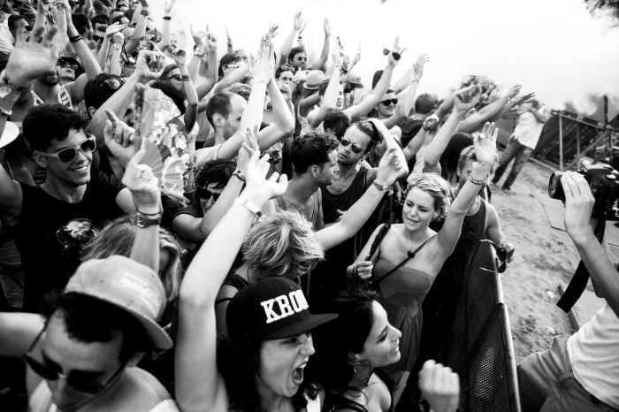 Extrema Noir: We don't need no headliners