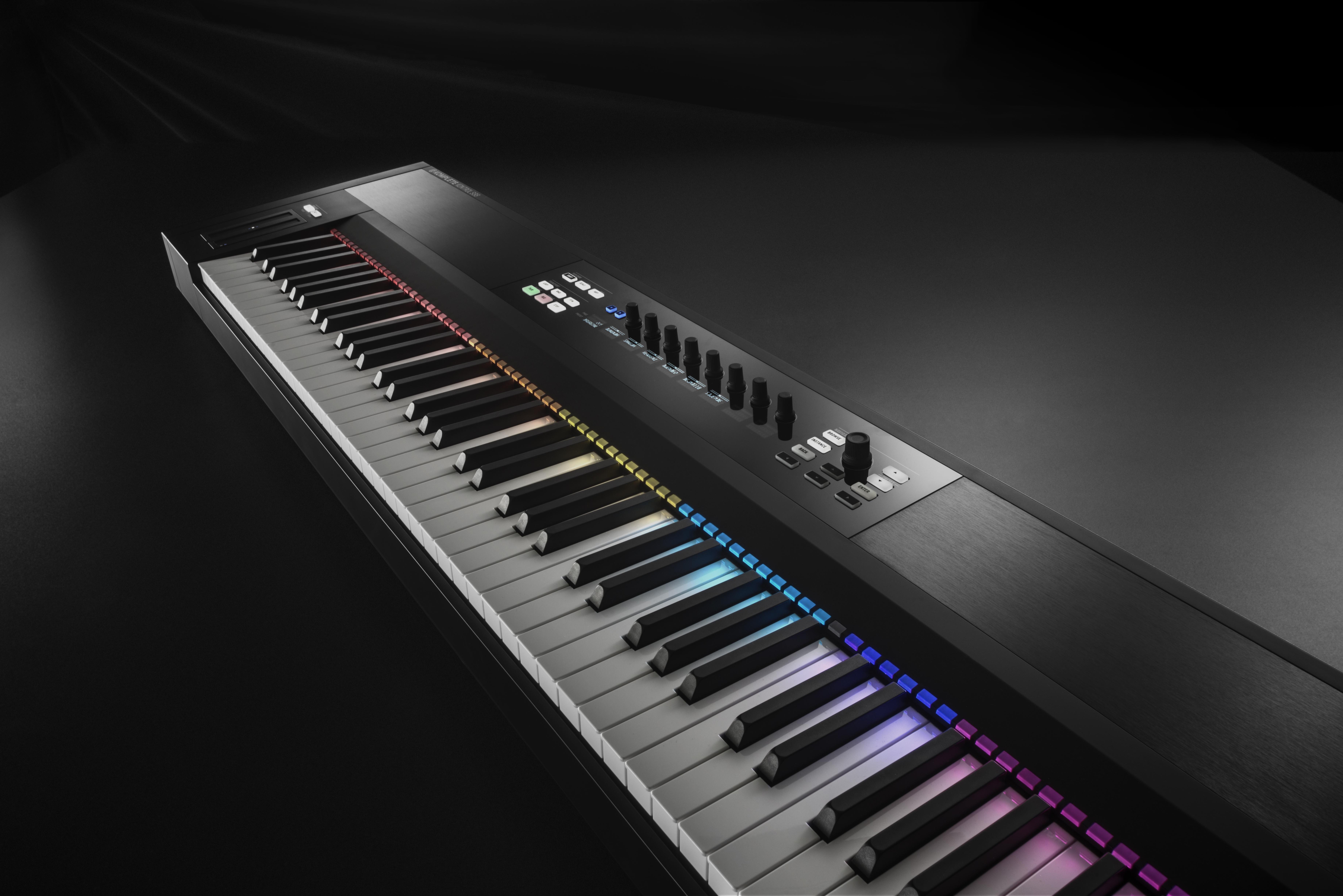 Native Instruments: Neues Keyboard für Komplete Kontrol kommt Ende Oktober