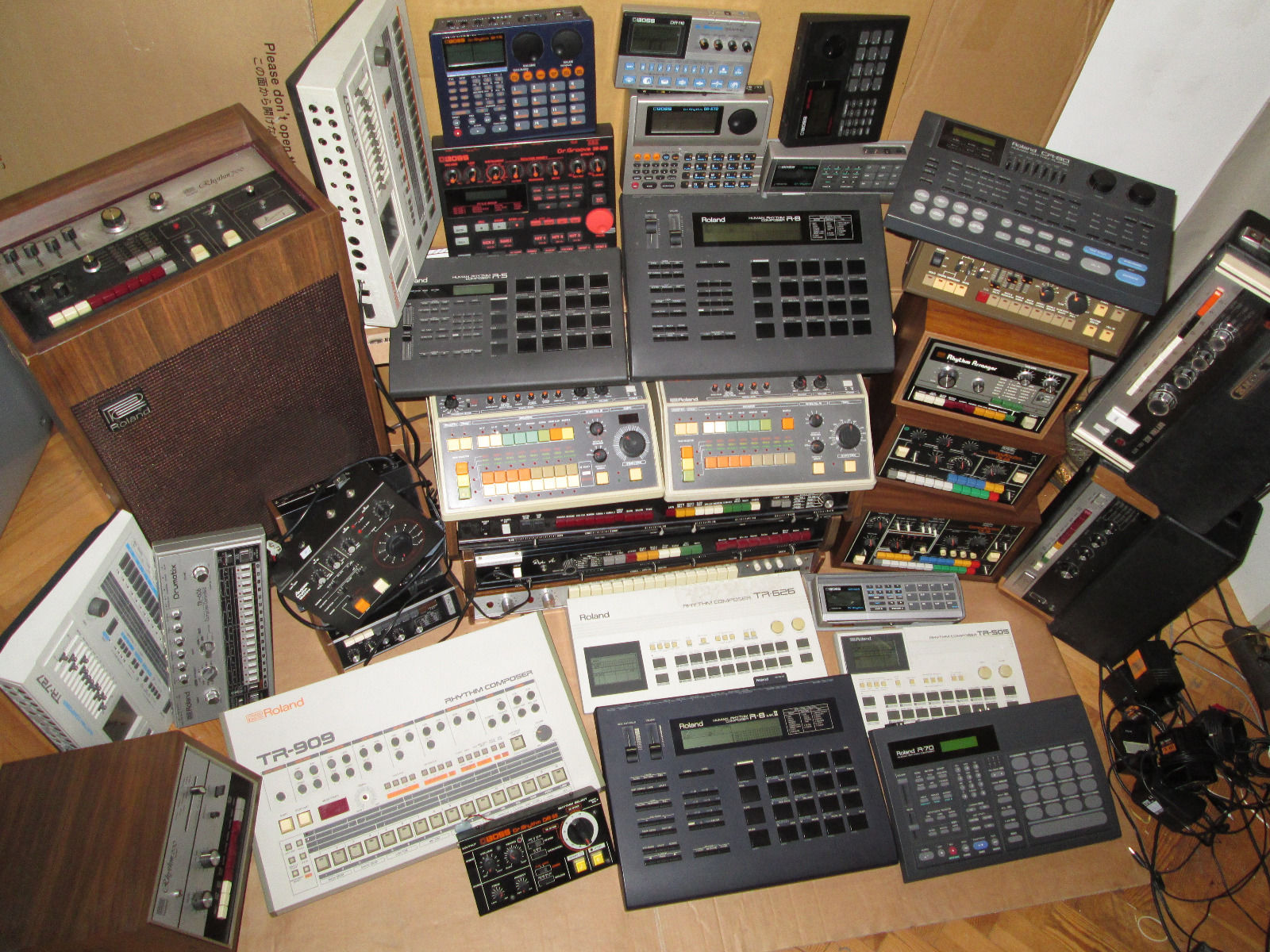 Lust auf eine Synthesizer-Sammlung? Ihr braucht nur 36.400 EUR