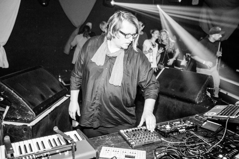 Robert Babicz – Roh und analog