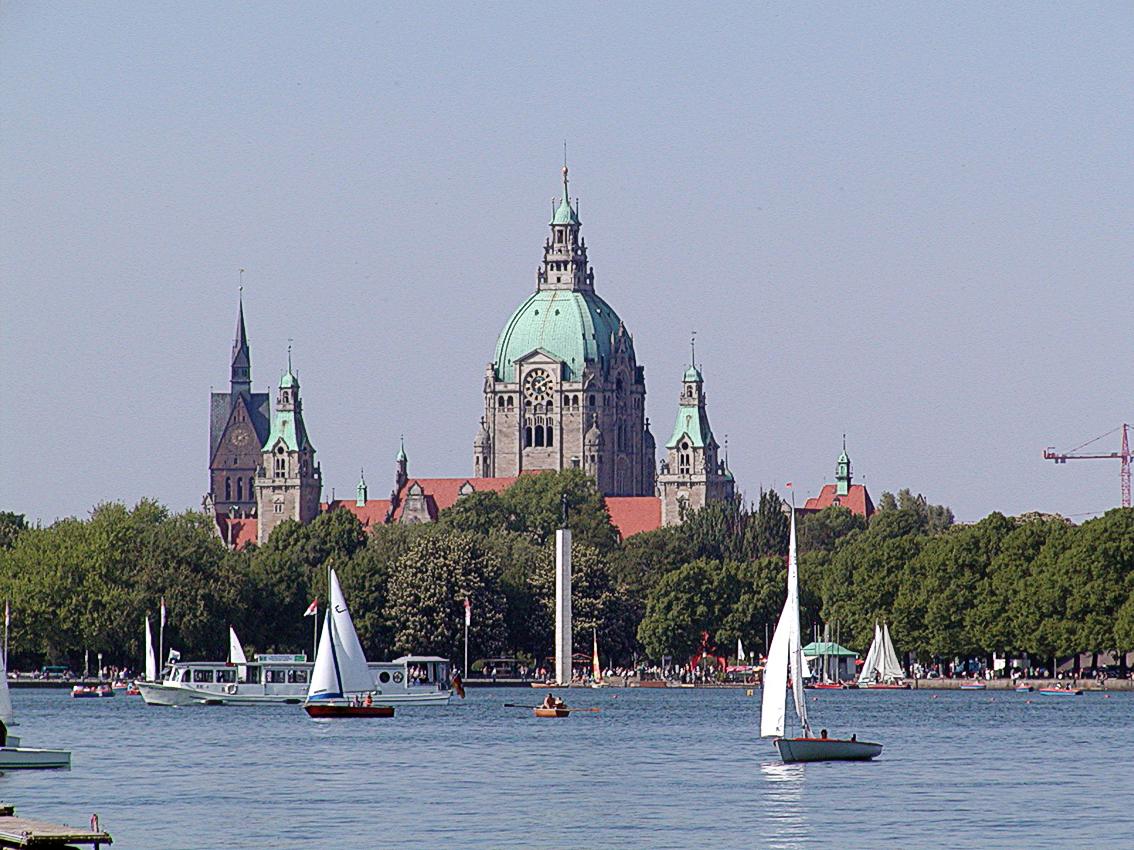 Die Stadt Hannover geht gegen Diskriminierung durch Türsteher vor