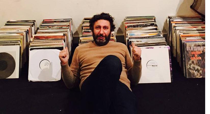 Das Datum steht – Versatile-Boss Gilb'R lädt zum Verkauf seiner Plattensammlung ein