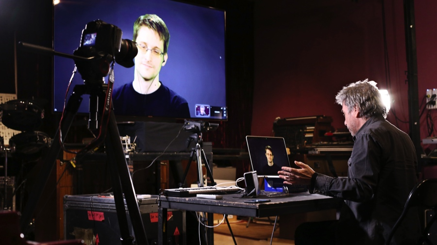 Jean-Michel Jarre kollaboriert mit Edward Snowden