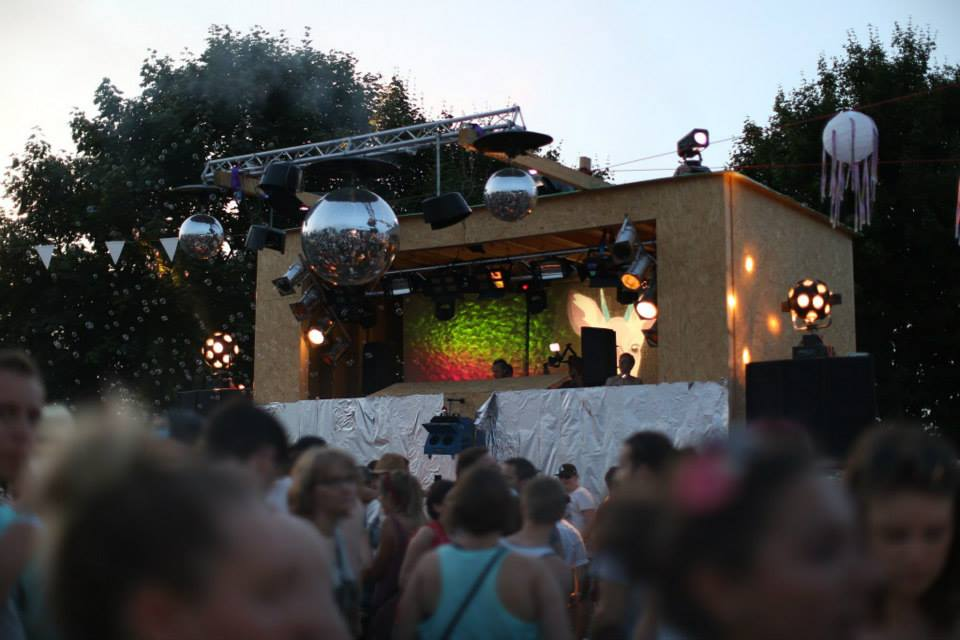 Zauberwald Festival: JUNGE JUNGE und THe WHite SHadow stimmen euch ein