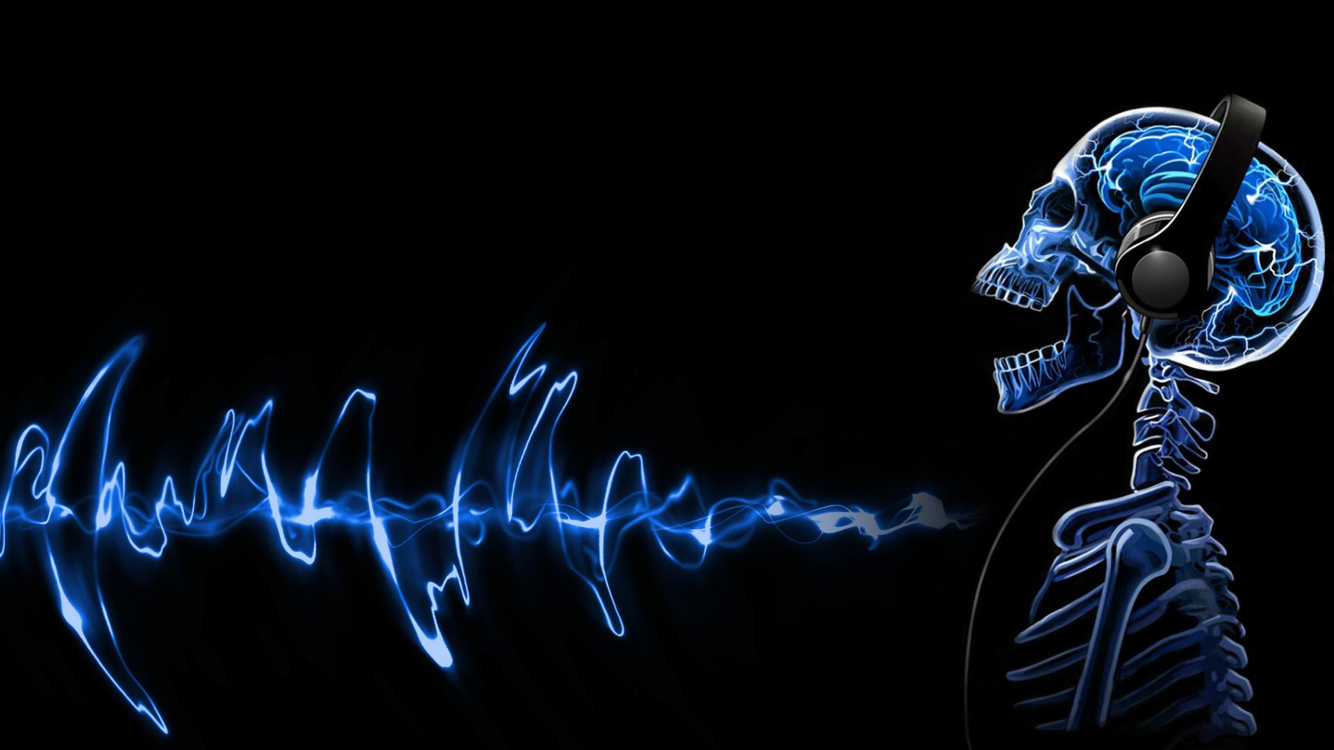 10 Techno-Tracks, die uns durch Mark und Bein gehen