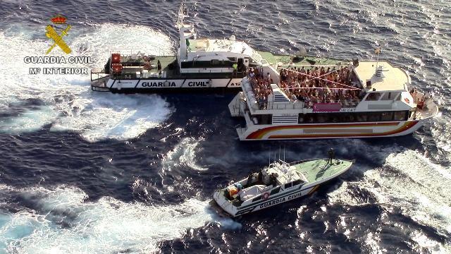 Spanische Polizei nimmt sich jetzt auch Partyboote vor