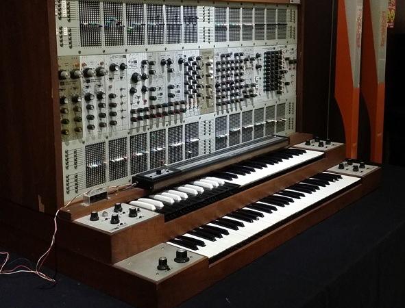Die Techno-Zahl des Tages: 249.000 – Old-School-Synthie zum Schnäppchenpreis zu ersteigern