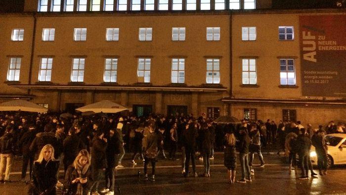 Polizeieinsatz bei Blitz-Club-Neueröffnung in München