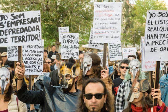 Massenprotest auf Ibiza – Einheimische lehnen sich gegen Party-Tourismus auf