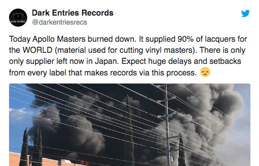 Brand beim Vinylzulieferer: Erste Labels schrauben Vinyl-Output runter