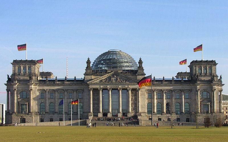 NEUSTART KULTUR: Milliarden-Rettungspaket für die deutsche Kulturlandschaft