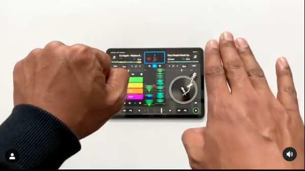 Revolutionäres Update – DJ-App djay PRO ab sofort mit Gesture Control